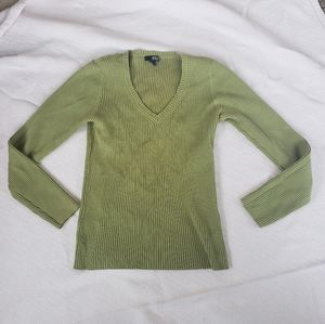 Ana green v-neck sweater